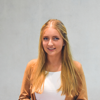 Sabrina Lang - Auszubildende Kauffrau für Büromanagement