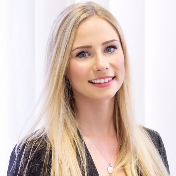 Larissa Kläs - Personalreferentin