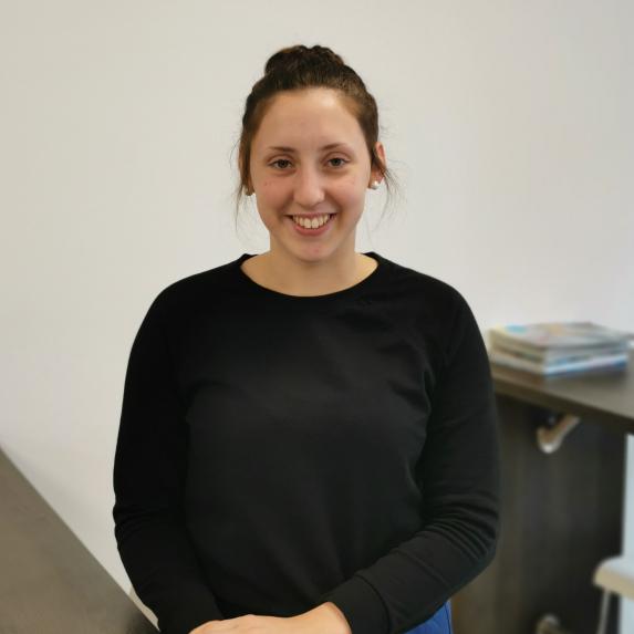 Nina Sasse - Auszubildende zur Werkstoffprüferin